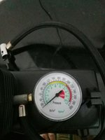 Used small air compressor DC 12V in Dubai, UAE