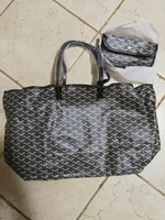Used Extra large shoulder bag in Dubai, UAE
