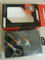 Used Bose sports headphones with Armband in Dubai, UAE