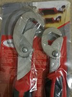 Used 2 pcs snap n grip wrench in Dubai, UAE