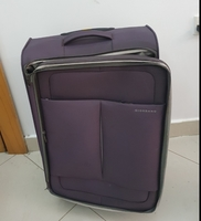 "Used Giordano 22"" used bag in good condition in Dubai, UAE"