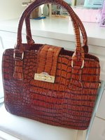 Used Glossy bag/2way hold in Dubai, UAE