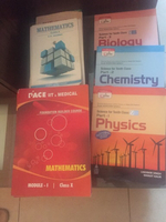 Used Cbse guides  science & maths 10th gr in Dubai, UAE