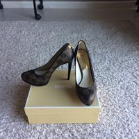 Used Authentic Michael Kors Pumps Size 38-38,5 New in Dubai, UAE