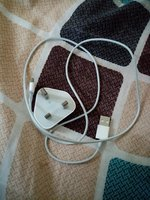 Used IPhone 4 charger in Dubai, UAE
