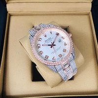 Used Lady watch chat please in Dubai, UAE