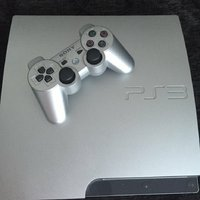 Used Ps3 including 3 joystick and 10 games in Dubai, UAE