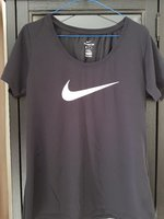 Used Nike black Dri fit scoop tshirt 4 women in Dubai, UAE