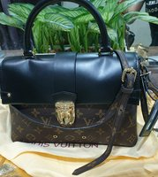 Used Louis Vuitton bag in Dubai, UAE
