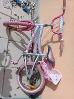 Used I'm selling kids cycle in Dubai, UAE