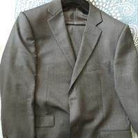 Used Suit Used Only 2 Times Original Price 850 Size 56 in Dubai, UAE