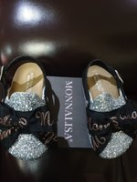 Used Monnalisa shoes 25 size new in Dubai, UAE