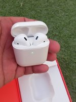 Used Porodo soundtec earbuds in Dubai, UAE