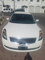 Used Altima 2009,Ful Option,Touch DVD,Leather in Dubai, UAE