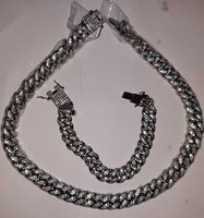 Used Necklace+Bangles in Dubai, UAE
