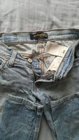 Used levis jeans and Gap jeans 2 for 40 aed. in Dubai, UAE