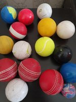 Used 15 cricket balls and 1 free large bounce in Dubai, UAE