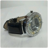 Used Black GUCCI watch in Dubai, UAE