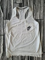 Used Nike signal tank top for women size M in Dubai, UAE