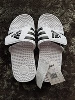 Used Adidas slipper in Dubai, UAE