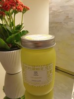 Used Scented candle 100 lemon / caramel brand in Dubai, UAE