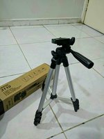 Used Tripod Stand Phone Camera Black NewBox in Dubai, UAE