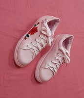 Used Ladies sneakers, pink ! in Dubai, UAE