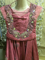 Used gown for 5-7 used 1 time in Dubai, UAE
