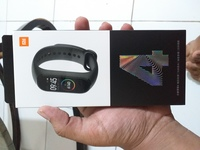 Used Mi band 4 with camo strap. in Dubai, UAE