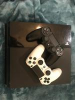 Used PlayStation 4 (500GB)Mega Bundle (fixed) in Dubai, UAE