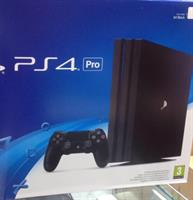 Used Sony PS4 PRO 1 TB Pall  in Dubai, UAE