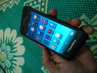 Used Blackberry z10 mobile sim lock in Dubai, UAE