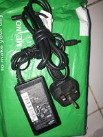 Used Samsung laptop charger in Dubai, UAE