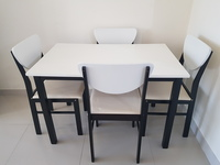 Used Table set for sale, with 4 chairs. in Dubai, UAE