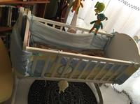 Used Wooden Cradle in Dubai, UAE