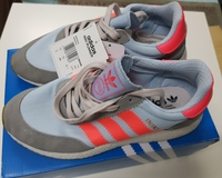 Used Adidas Sneakers Size 41 Original in Dubai, UAE