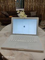 Used Apple MacBook 3GB Ram 320GB HDD Mint Con in Dubai, UAE