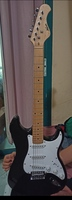 Used Kapok electric guitar with amp in Dubai, UAE