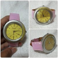 Amazing pink PIAGET watch for lady