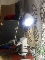 Used USB LIGHT WHITE in Dubai, UAE