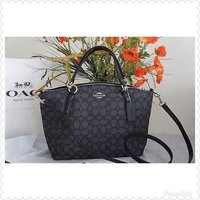 Used Coach bag authentic in Dubai, UAE