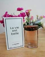 Used Lavie est belle edt 100ml women in Dubai, UAE