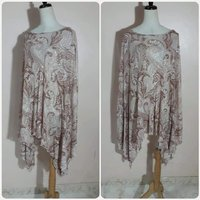 Used Brand new top fashionable for women. in Dubai, UAE