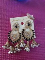 Used Black earings in Dubai, UAE