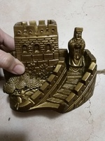 Used Great Wall statue souvineer pen holder in Dubai, UAE