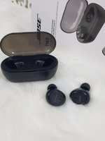 Used New Earbuds bose, in Dubai, UAE