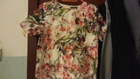 Used Beautiful flowrly blouse in Dubai, UAE