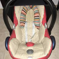 Used Maxi Cosi Car Seat. Original Price 900 Dhs. in Dubai, UAE