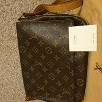 Used LV mussette in Dubai, UAE