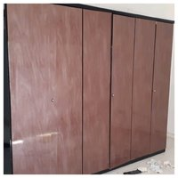 Used 6 doors dressing wardrobe in Dubai, UAE